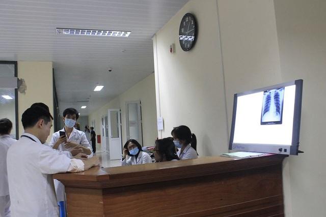 Dịch viêm phổi Vũ Hán: Nam thanh niên Hà Nội trở về từ Đài Loan sốt cao, vào viện đúng giao thừa, lập tức cách ly - Ảnh 3.