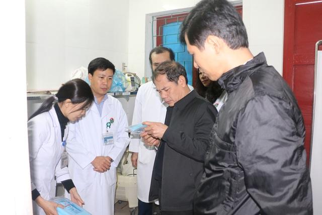 Hà Tĩnh kiểm tra công tác ứng cứu, tiếp nhận điều trị bệnh nhân bị vi rút Corona - Ảnh 2.