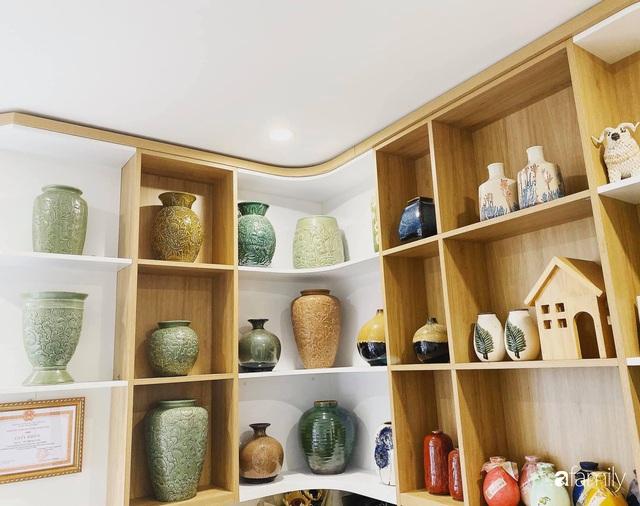Căn hộ 76,9m² ấm áp với đủ loại hoa và nội thất gỗ ở Mỹ Đình, Hà Nội - Ảnh 14.