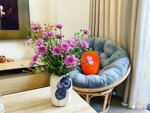 Căn hộ 76,9m² ấm áp với đủ loại hoa và nội thất gỗ ở Mỹ Đình, Hà Nội - Ảnh 15.