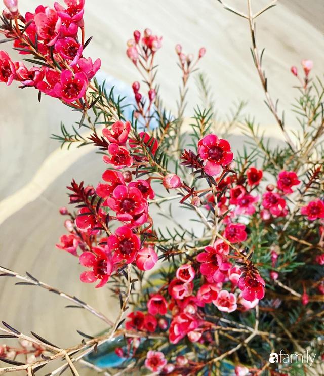 Căn hộ 76,9m² ấm áp với đủ loại hoa và nội thất gỗ ở Mỹ Đình, Hà Nội - Ảnh 17.