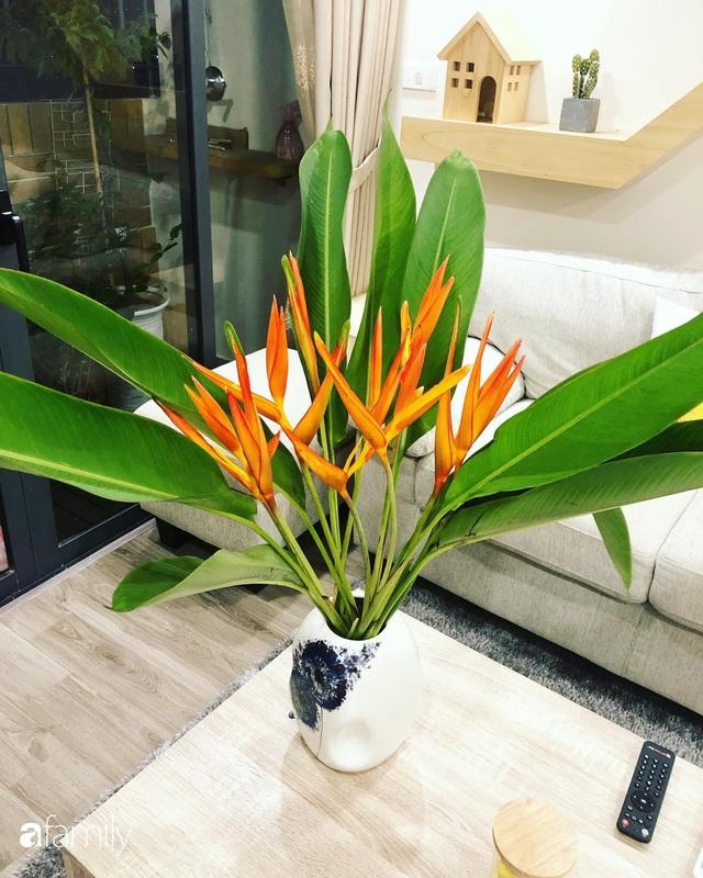 Căn hộ 76,9m² ấm áp với đủ loại hoa và nội thất gỗ ở Mỹ Đình, Hà Nội - Ảnh 22.