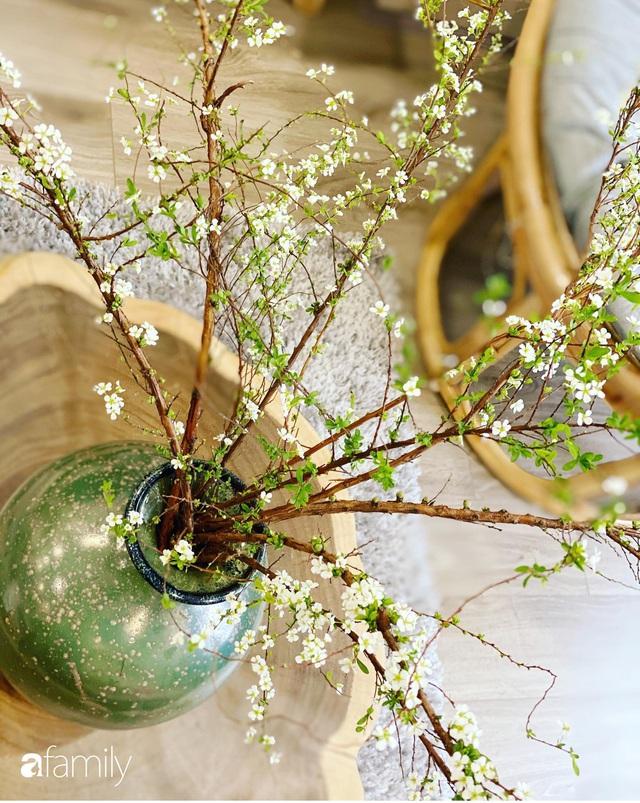 Căn hộ 76,9m² ấm áp với đủ loại hoa và nội thất gỗ ở Mỹ Đình, Hà Nội - Ảnh 28.