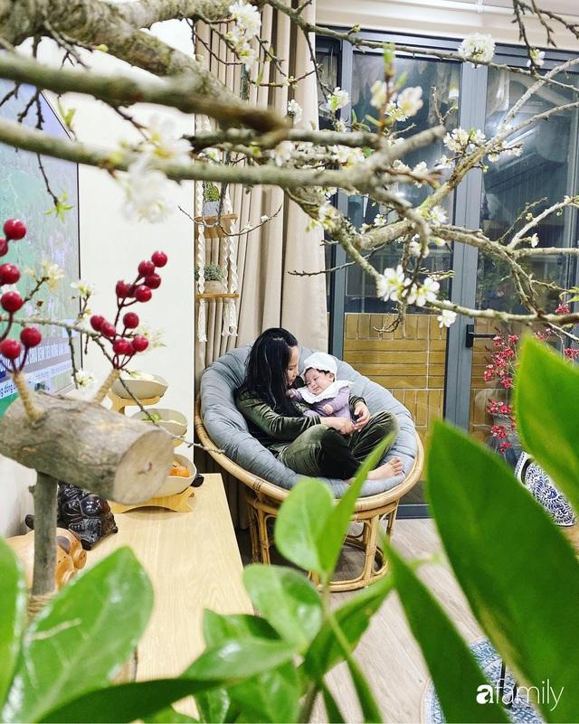 Căn hộ 76,9m² ấm áp với đủ loại hoa và nội thất gỗ ở Mỹ Đình, Hà Nội - Ảnh 29.