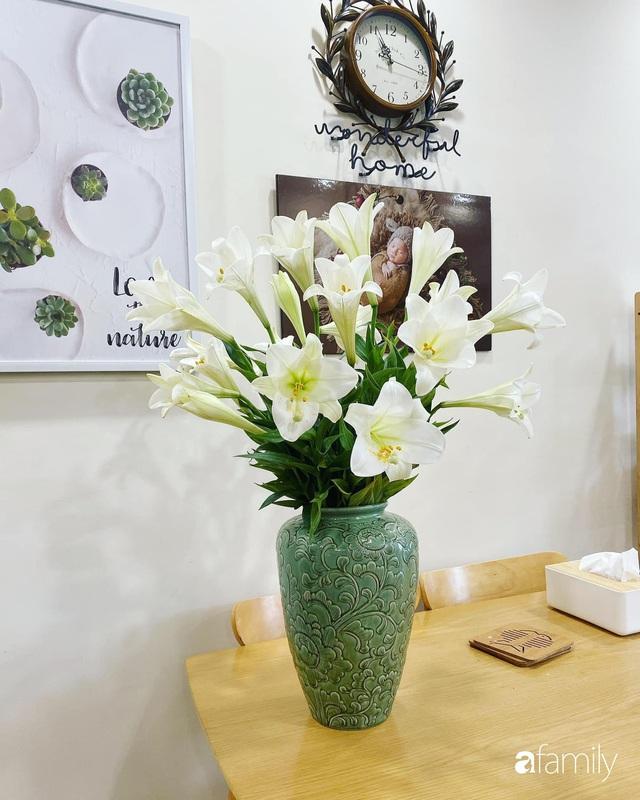 Căn hộ 76,9m² ấm áp với đủ loại hoa và nội thất gỗ ở Mỹ Đình, Hà Nội - Ảnh 11.