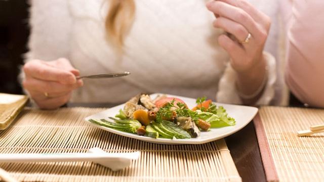 Thói quen xấu hại sức khỏe trong dịp Tết người Việt cần thay đổi - Ảnh 2.