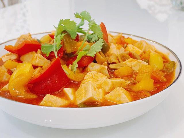 MC làm từ thiện nhiều nhất Việt Nam lên tiếng về tranh cãi ăn chay không được ăn hành tỏi - Ảnh 9.