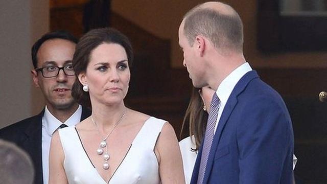 Công nương Kate dính nghi vấn nổi trận lôi đình khi phát hiện Hoàng tử William vẫn lén lút liên lạc với kẻ thứ 3 - Ảnh 1.