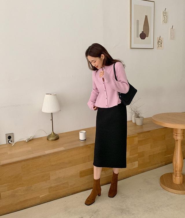 Ngắm Son Ye Jin chợt nhận ra combo váy áo dễ biến chị em thành bà cô, nàng ngoài 30 càng phải lưu tâm - Ảnh 6.