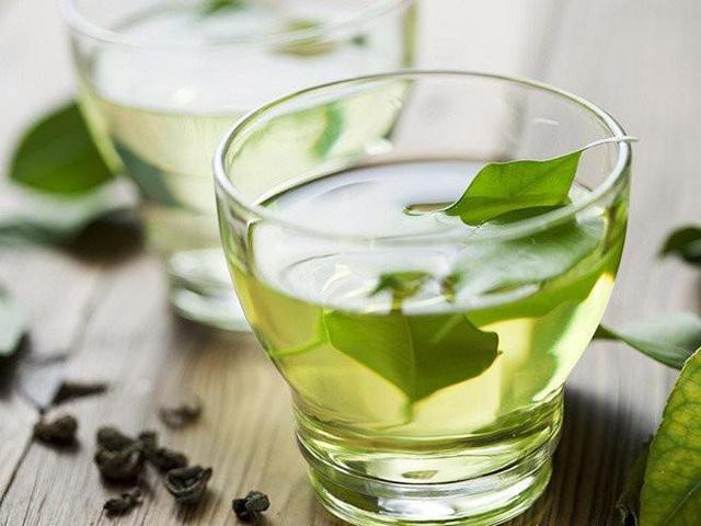 Những đồ uống tuyệt vời giải cứu bạn khỏi cơn say rượu - Ảnh 1.