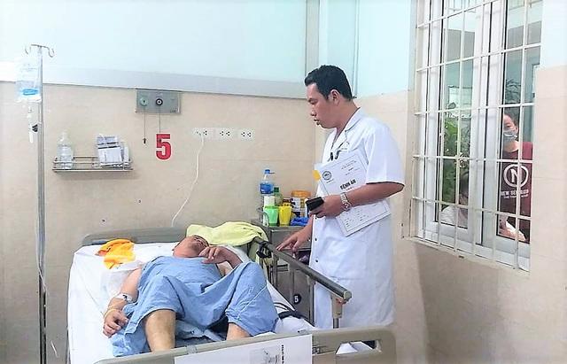 Ba bố con gặp nạn với xe container ở Hải Phòng: Đang điều trị nâng cao và tâm lý cho người cha - Ảnh 2.