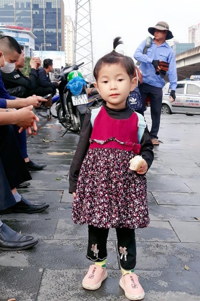 Khát vọng âm thanh của cô bé dân tộc Cao Lan bị điếc bẩm sinh - Ảnh 2.