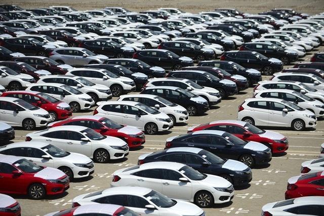 Ô tô vẫn còn hàng tồn từ 2018, ế bán mãi không hết - Ảnh 2.
