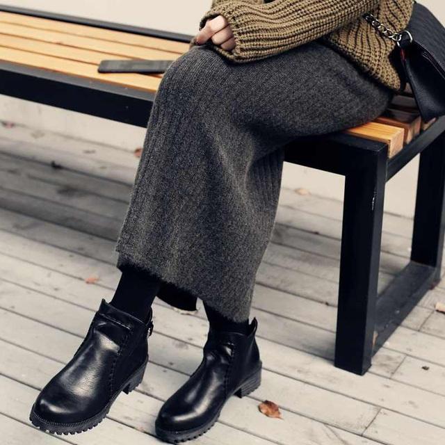3 kiểu chân váy hot rần rần mùa Thu Đông 2020, nàng có vóc dáng khó mặc đến cũng không thể cưỡng lại được - Ảnh 13.