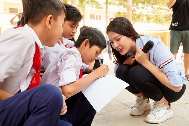Hoa hậu hoàn vũ Việt Nam chung tay hỗ trợ cộng đồng, khắc phục thiên tai bão lũ - Ảnh 4.
