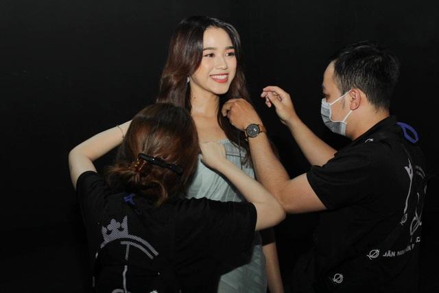 Cô gái có đôi chân dài 1,11 m ở Hoa hậu Việt Nam 2020 - Ảnh 3.