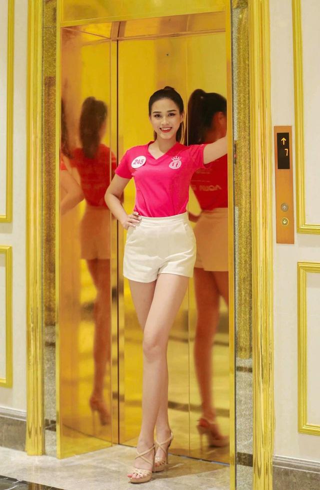 Cô gái có đôi chân dài 1,11 m ở Hoa hậu Việt Nam 2020 - Ảnh 5.