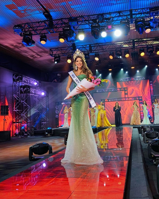 Cô gái cao 1,8 m đăng quang Hoa hậu Hoàn vũ Colombia 2020 - Ảnh 1.