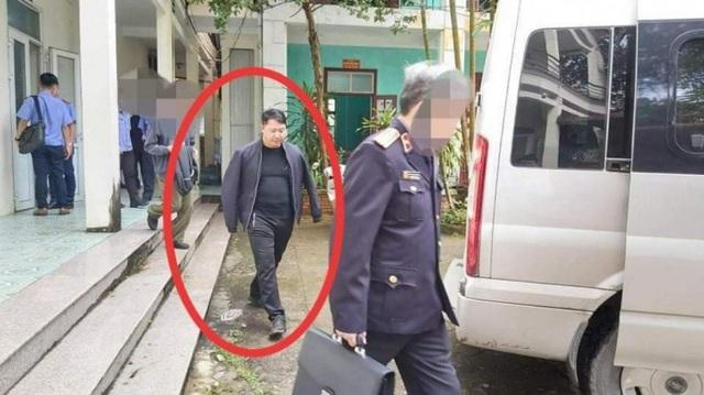 3 cán bộ công an ở Hà Giang dùng nhục hình đối với nghi phạm như thế nào? - Ảnh 2.