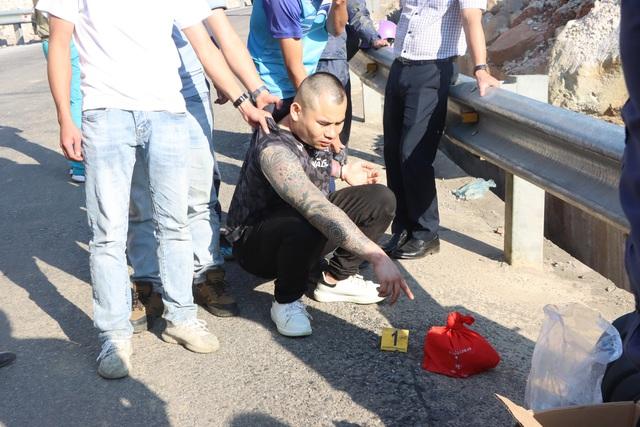 Thanh niên 9x tông chiến sỹ công an rồi bỏ chạy cùng 4 bánh heroin - Ảnh 3.