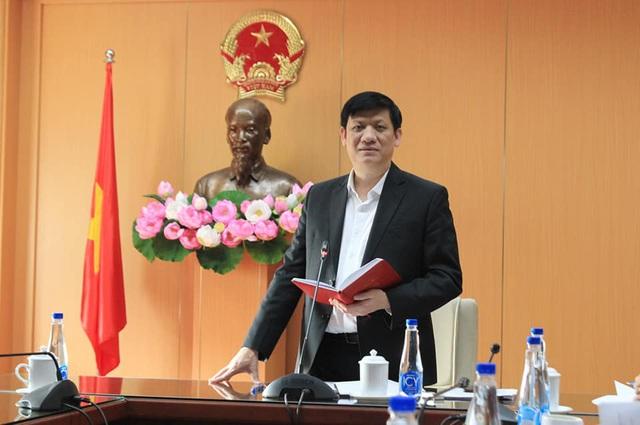 Bộ trưởng Bộ Y tế: Nguy cơ nhiễm COVID-19 từ các nước vào Việt Nam là rất lớn và hiện hữu - Ảnh 3.