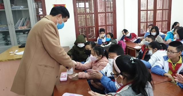 Nhiều trường ở Hải Phòng chủ động phòng chống dịch virus corona  - Ảnh 5.