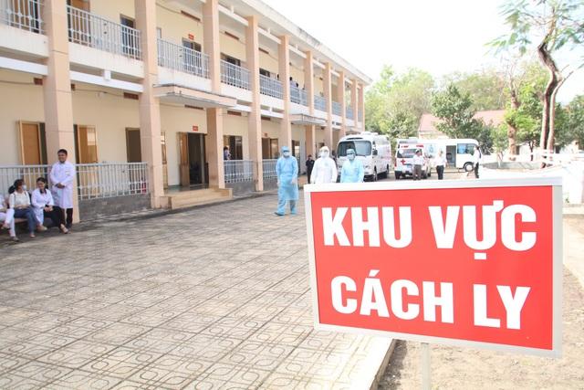 Bệnh viện dã chiến tại TP.HCM chính thức hoạt động từ hôm nay - Ảnh 3.