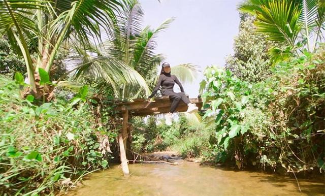 Khu vườn rộng gần 10.000 m2 bạt ngàn cây trái của Trà Ngọc Hằng - Ảnh 6.