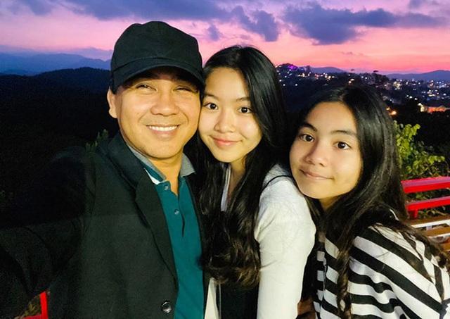Con gái Quyền Linh chăm sóc bố - Ảnh 6.