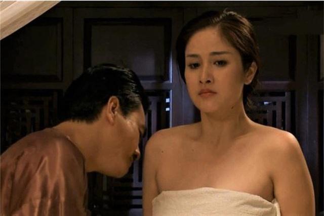 Thảo Trang: 16 tuổi yêu cầu thủ Phan Thanh Bình nhưng quen mấy năm trời mới cho hôn má - Ảnh 3.