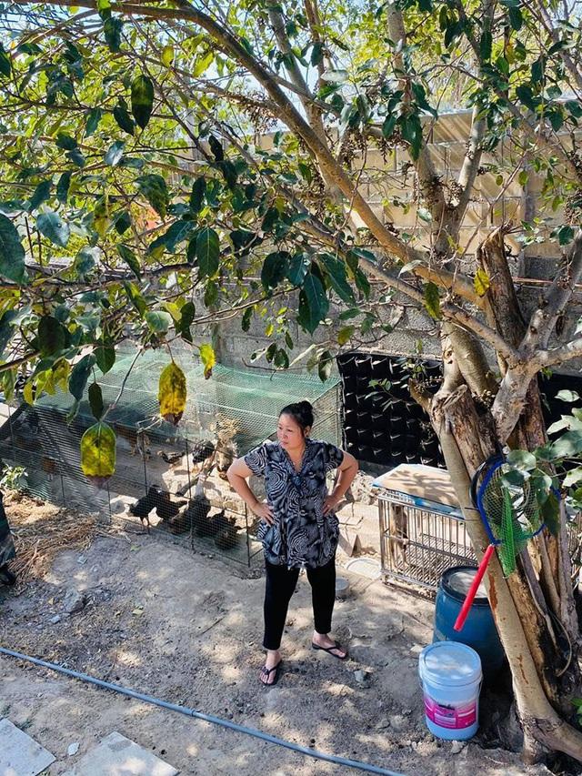 Quyền Linh đến thăm nhà Hồng Vân ở Vũng Tàu, hé lộ không gian gia trang gây choáng ngợp - Ảnh 2.