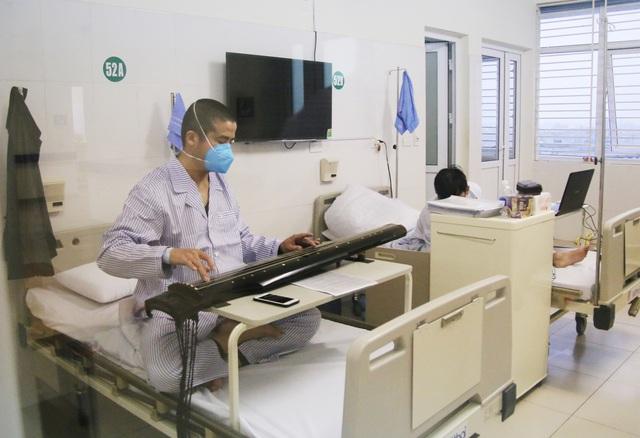 Tôn vinh các bác sĩ luôn sẵn sàng vì nhiệm vụ cao cả - Ảnh 3.