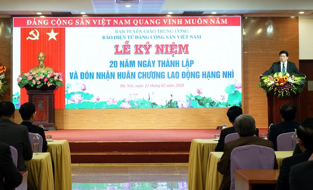 Báo điện tử Đảng Cộng sản Việt Nam kỷ niệm 20 năm thành lập và đón nhận Huân chương Lao động hạng nhì - Ảnh 1.