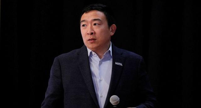 Ứng viên gốc Hoa rời bỏ cuộc đua Tổng thống Mỹ - Ảnh 1.
