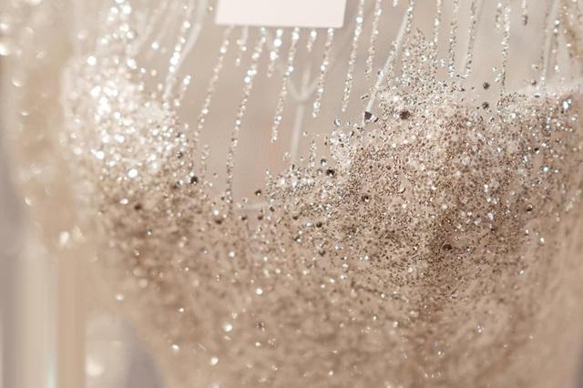 Nhà thiết kế tiết lộ giá váy cưới của vợ Duy Mạnh - Ảnh 3.