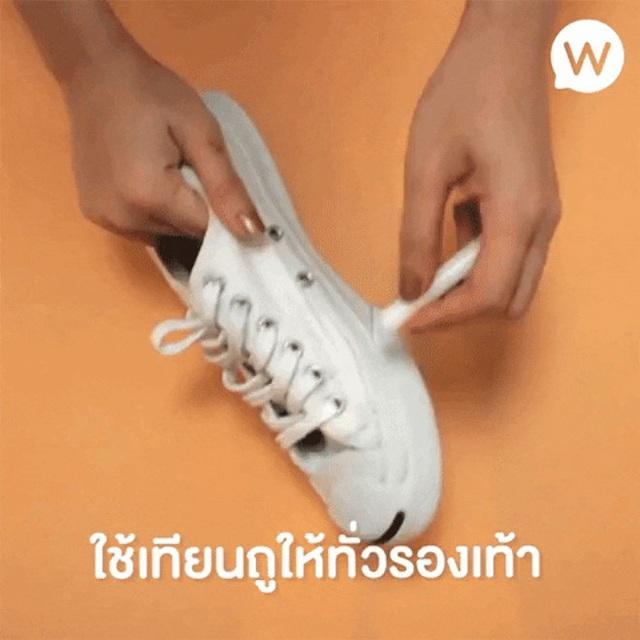 Giày trắng lấm lem bùn đất vì trời mưa ẩm, hãy ngâm chúng vào thứ nước này để trắng tinh như mới - Ảnh 9.