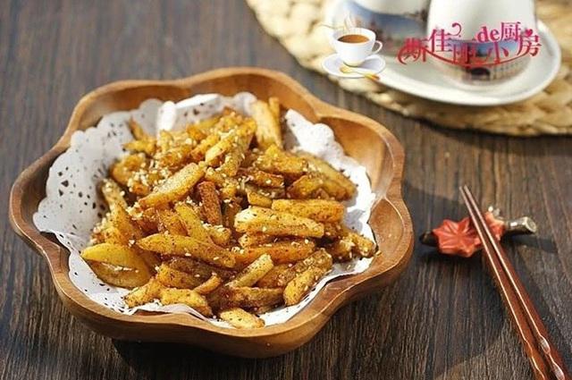 8 cách chế biến khoai tây thành món đại bổ, ăn cả tuần cũng không thấy ngán - Ảnh 4.