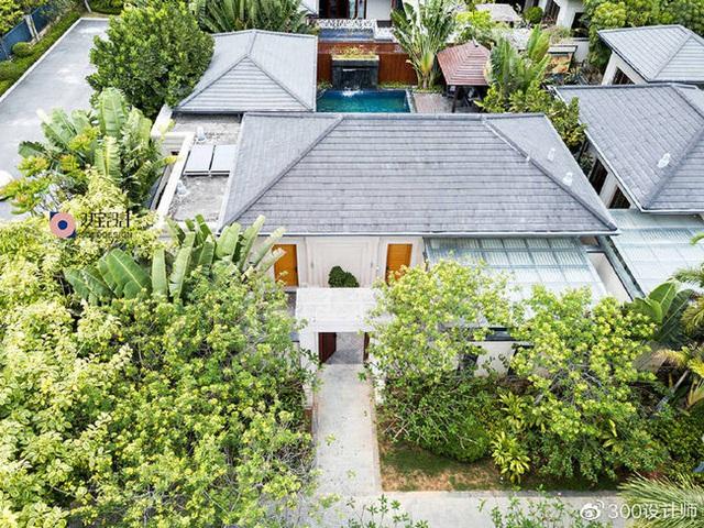 Ngôi nhà có kiến trúc theo lối truyền thống được bao quanh bởi khu vườn rộng 1200m² - Ảnh 2.