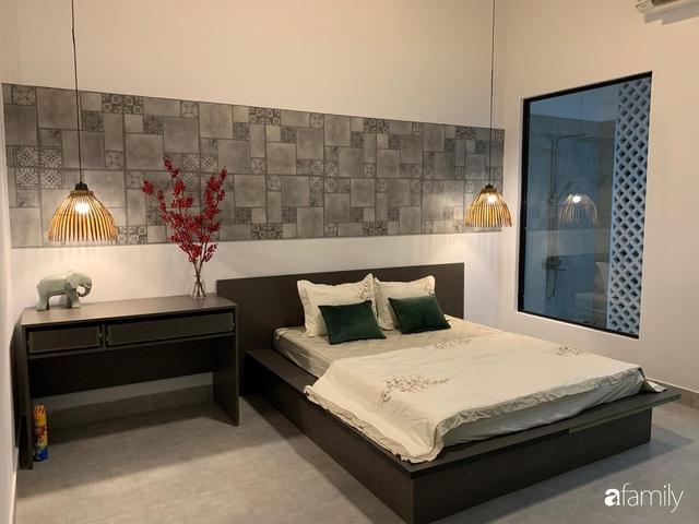 Sau nhiều năm ấp ủ, chàng trai 24 tuổi ở Tây Ninh đã hoàn thành ước mơ với ngôi nhà vườn rộng 147m² đẹp như resort - Ảnh 15.