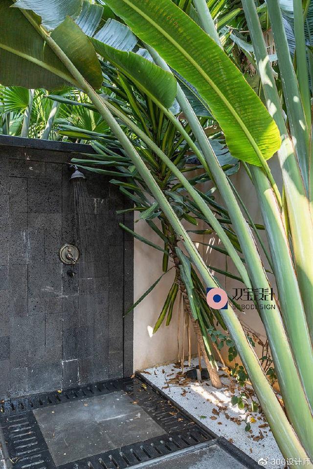 Ngôi nhà có kiến trúc theo lối truyền thống được bao quanh bởi khu vườn rộng 1200m² - Ảnh 15.