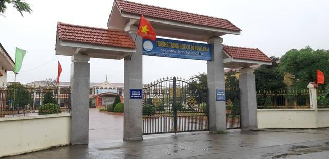 Một phó hiệu trưởng tại Hải Phòng bị tố bắt học sinh tự tát vào mặt - Ảnh 1.