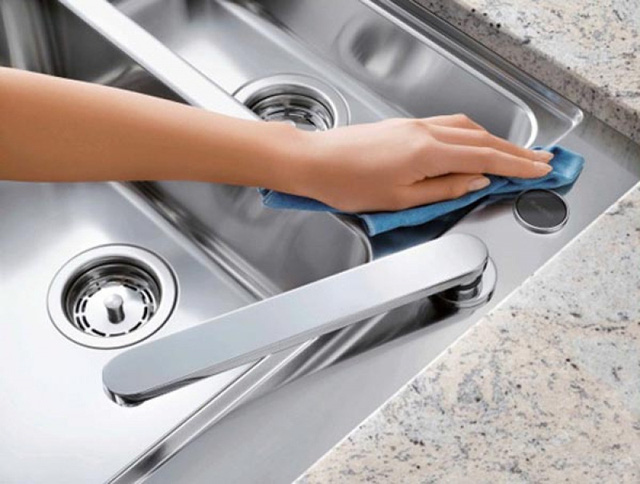 Nước rửa bát không chỉ để rửa bát, nó còn cả tá công dụng thật khó tin - Ảnh 2.