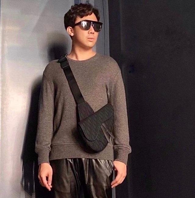 Sơn Tùng diện đồ như trai châu Âu, Trấn Thành đeo túi Dior 2.700 USD - Ảnh 2.