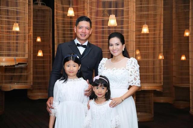 Vợ diễn viên Bình Minh: Nhiều lần giúp chồng vượt qua scandal ngoại tình khiến ai cũng nể phục - Ảnh 7.