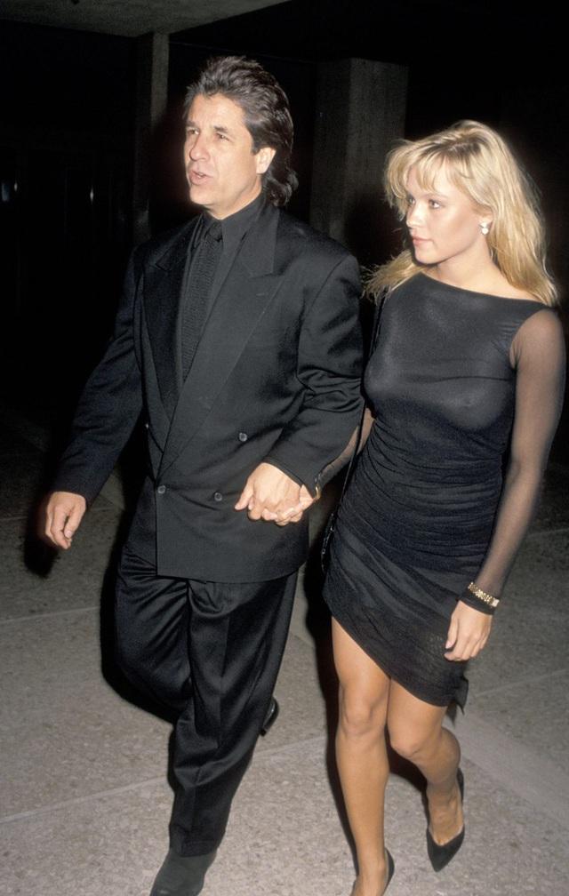 Bom sex Pamela Anderson ly hôn chồng sau 12 ngày làm lễ cưới - Ảnh 3.