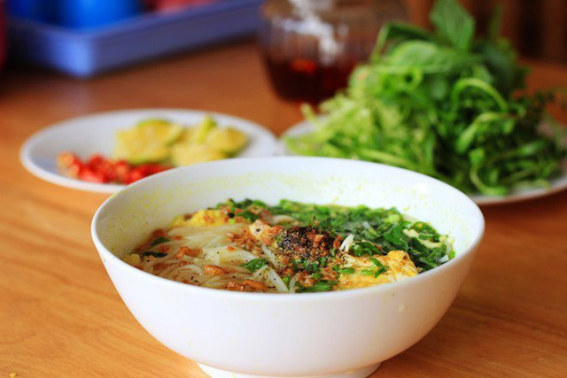 Học nhanh 3 cách nấu bún cá lóc đúng chuẩn đặc sản miền Tây, miền Bắc - Ảnh 8.