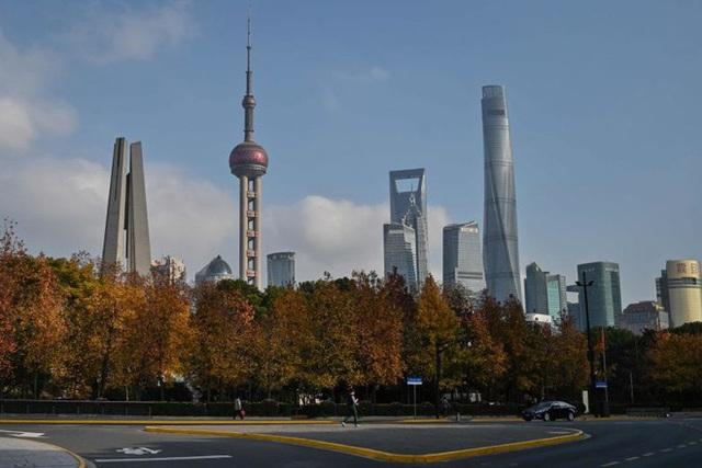 CEO Pháp không ngần ngại trở lại Trung Quốc để tặng 2.000 khẩu trang - Ảnh 3.
