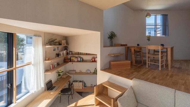 Mê cung trong căn nhà 3 tầng khi mặt sàn được chia thành 16 độ cao khác nhau - Ảnh 1.