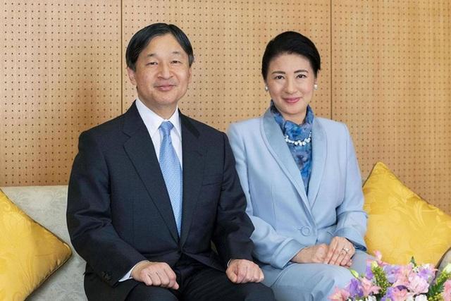 Nhật hoàng mừng sinh nhật tuổi 60 và chia sẻ về bệnh tình hiện tại của Hoàng hậu Masako khiến ai cũng xúc động - Ảnh 2.