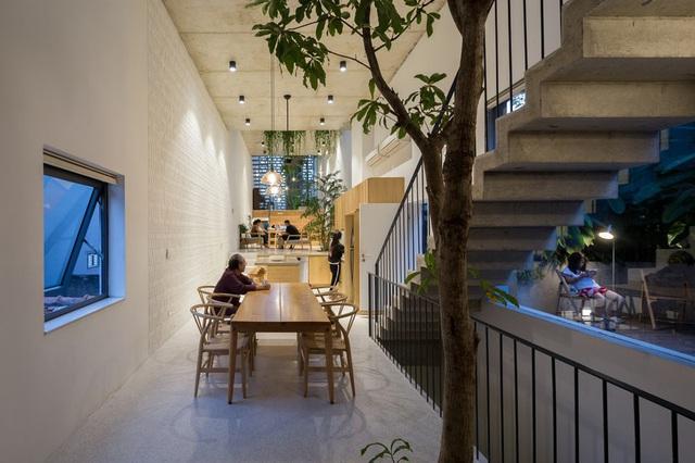 Ngôi nhà ống đẹp dịu dàng lấy cảm hứng từ những ngôi nhà truyền thống cũ của Hà Nội - Ảnh 3.